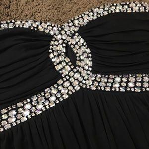 City Triangles Dresses - Shine Bright Like a Diamond Dress!